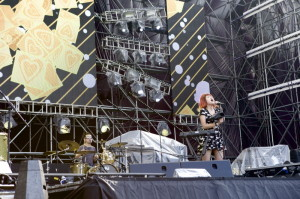 LXS performing @ ULTRA Music Festival Korea